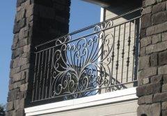 小区阳台杏彩入口