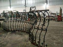 手工锻造欧式弧形铁艺楼梯
