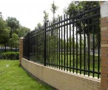 铁艺围栏的选购及保养