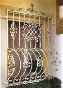 定制铁艺防护窗