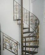 旋转铁艺楼梯如何选购