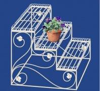 关于室内铁艺花架该如何搭配