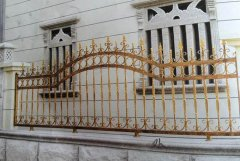 铁艺围栏保养工作有哪些