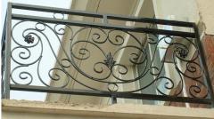 哪些因素导致铁艺围栏的使用寿命